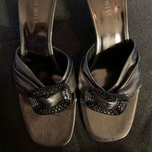 Nine West pewter kitten heels